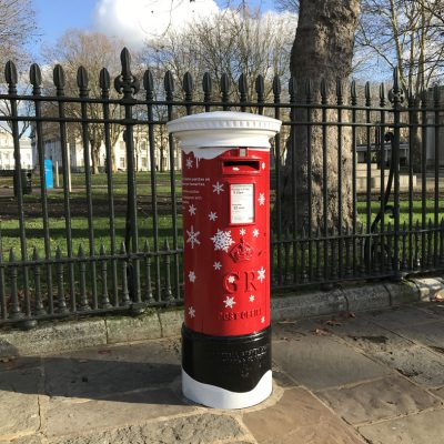 post box decorated for christmas